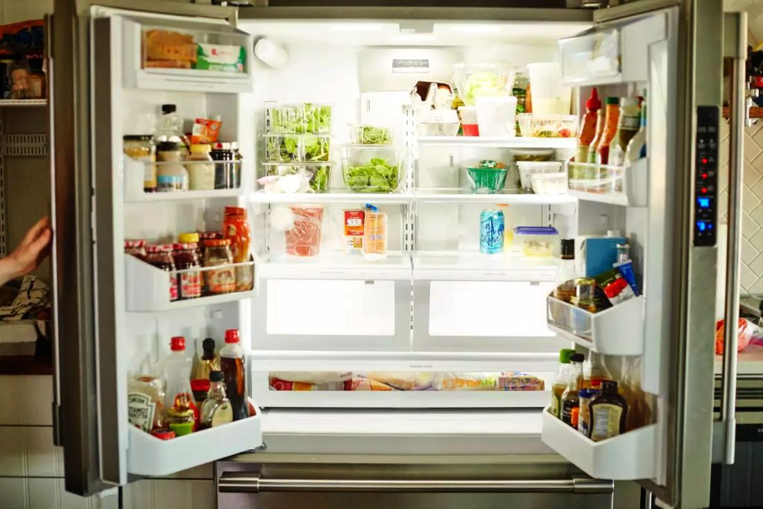 Холодильник потребляет 20-40 кВт в месяц, но есть нюансы