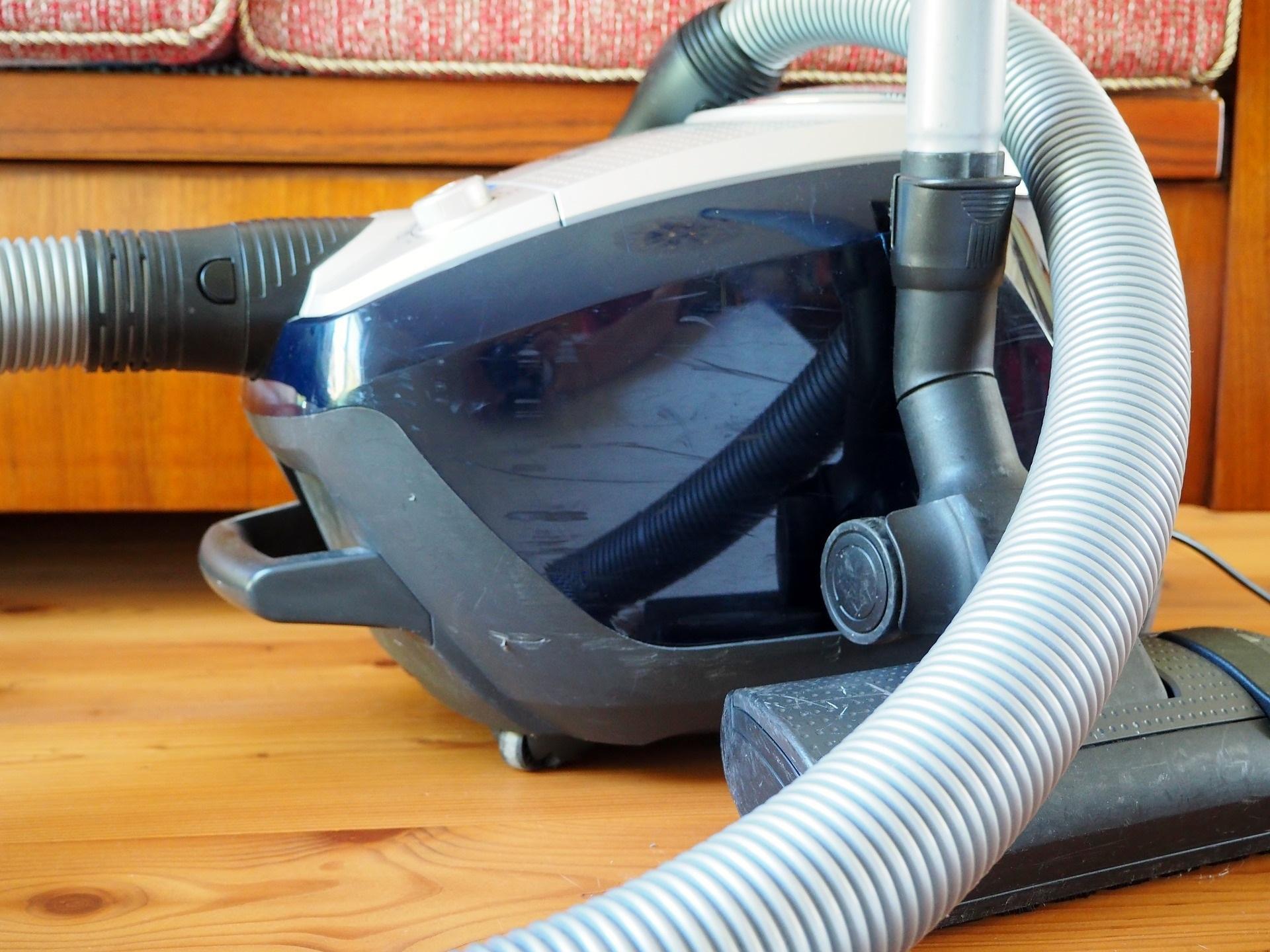 Что делать, если пылесос перестал включаться: 7 основных причин + видеоинструкции