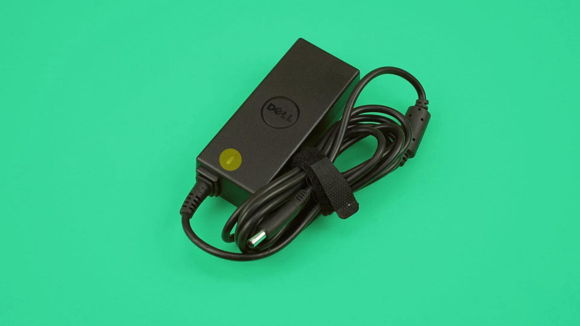 Зарядное устройство ноутбука: провод и индикатор